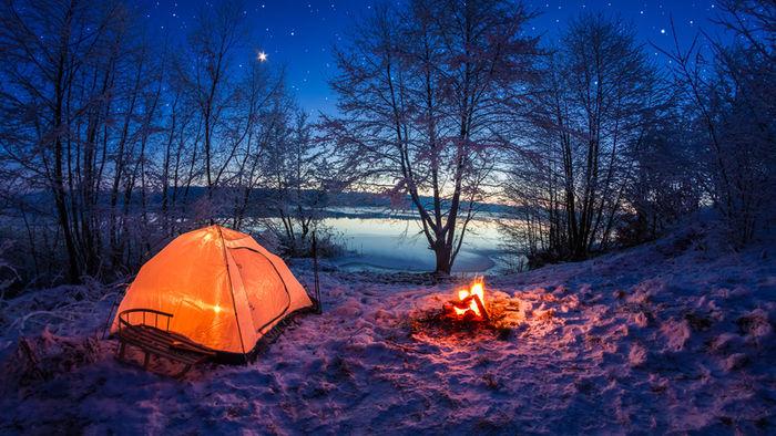 冬のキャンプ場