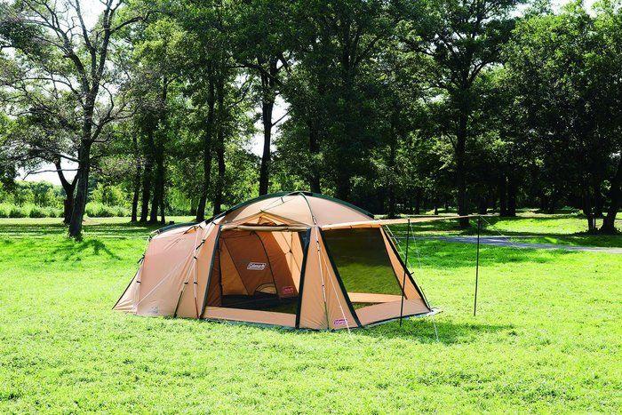 キャンプサイトのコールマンタフスクリーン2ルームハウス