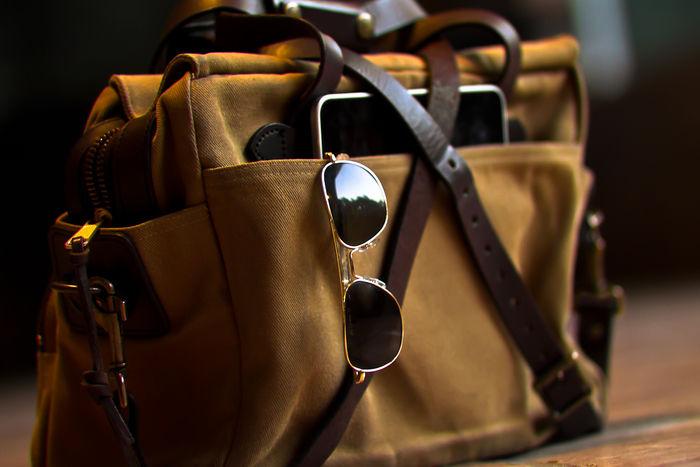 ブラウンのおしゃれなバッグの写真