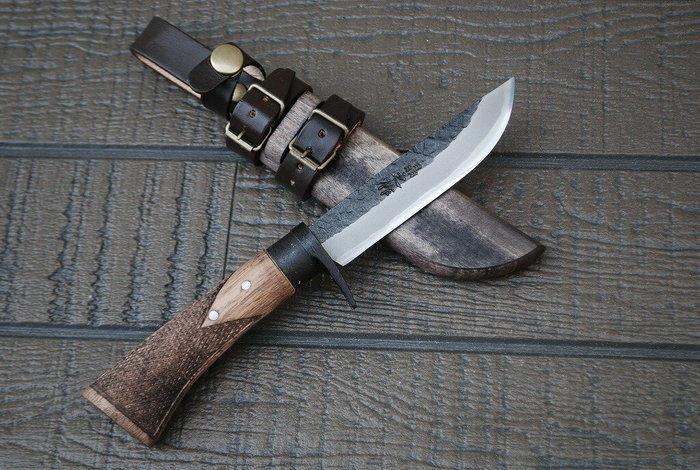 トヨクニのナイフ