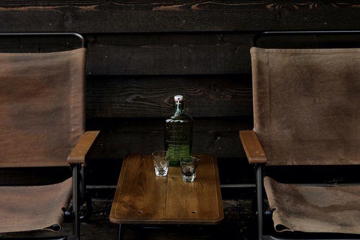 TRUCK furnitureのローチェアーとローテーブル