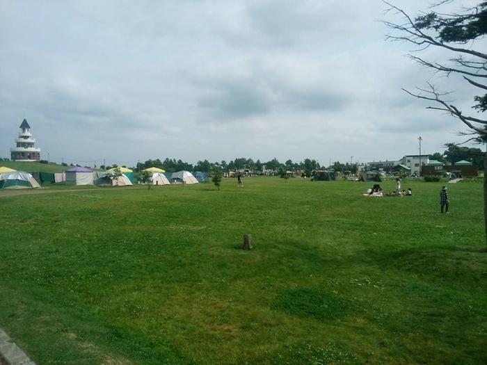 しのつ公園キャンプ場のテントサイト