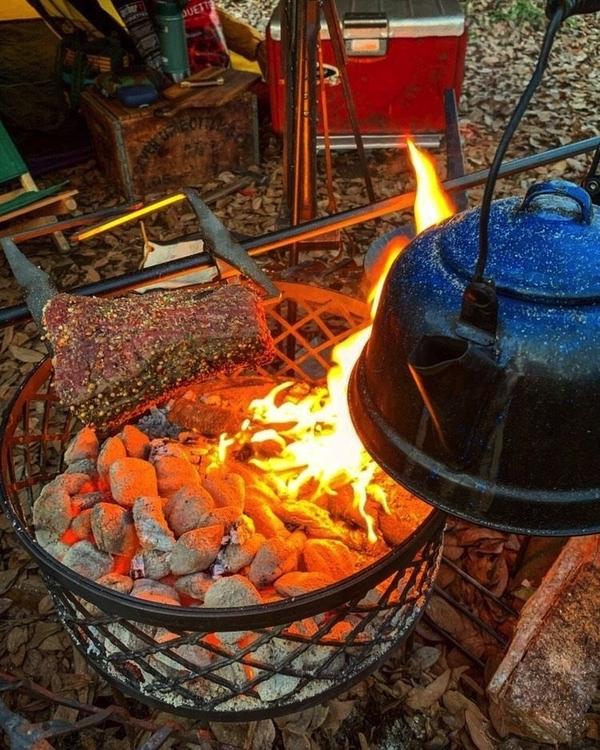 sanzokuの焚き火台で調理