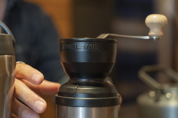 ユニフレームのコーヒーミル