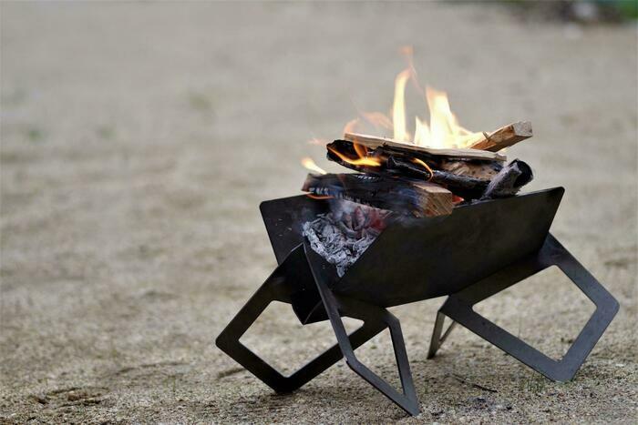 flamesの焚き火台