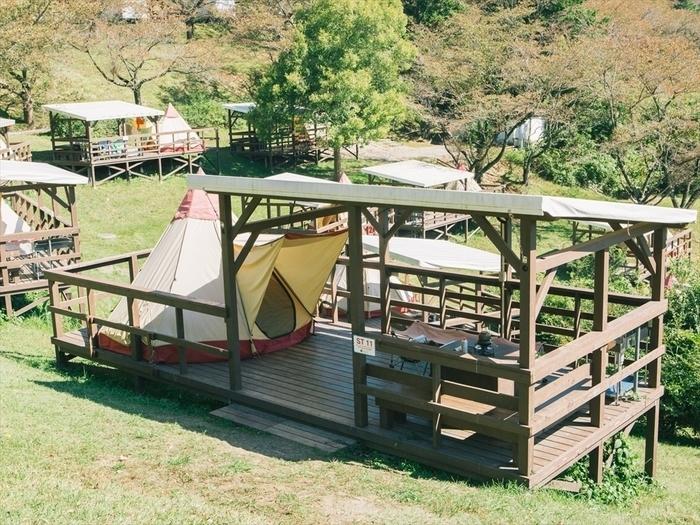 さがみ湖リゾートプレジャーフォレストのグランピング施設の画像