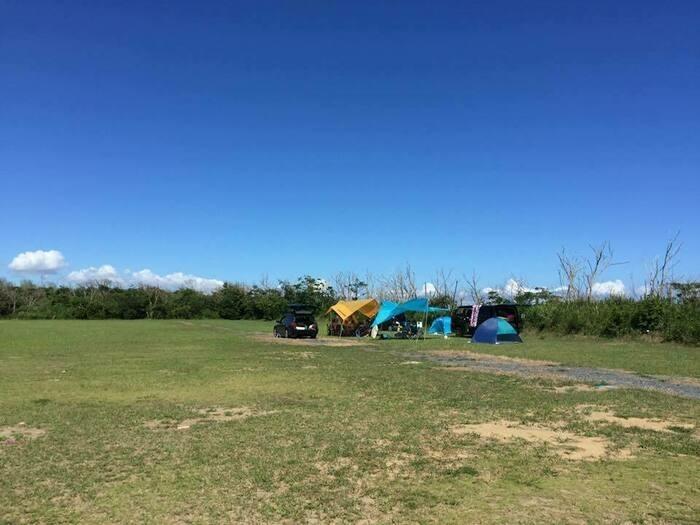 海辺のキャンプサイト