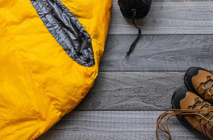寝袋と登山靴