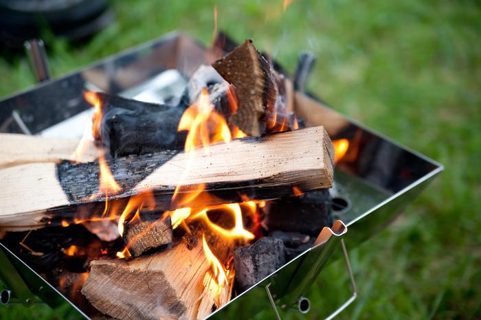 焚き火に求めるのは癒し?料理?5つのファミリー向け焚き火台を徹底比較