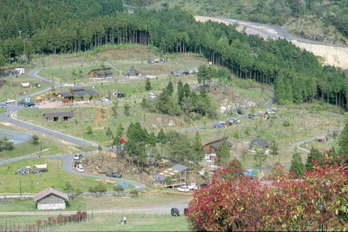 らかん高原オートキャンプ場の上空写真の画像