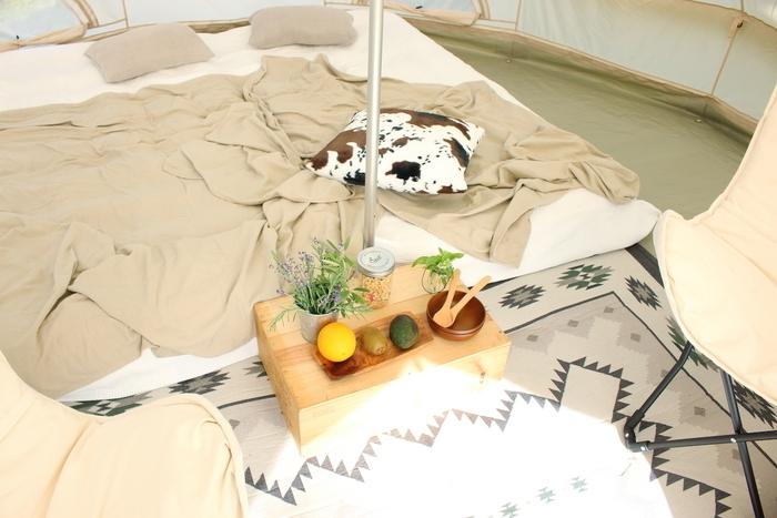 テントの中にあるエアーベッド