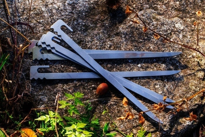 Makuakeで話題となった衝撃の日本刀ペグ「打刀」。28cmの新バージョンが登場!