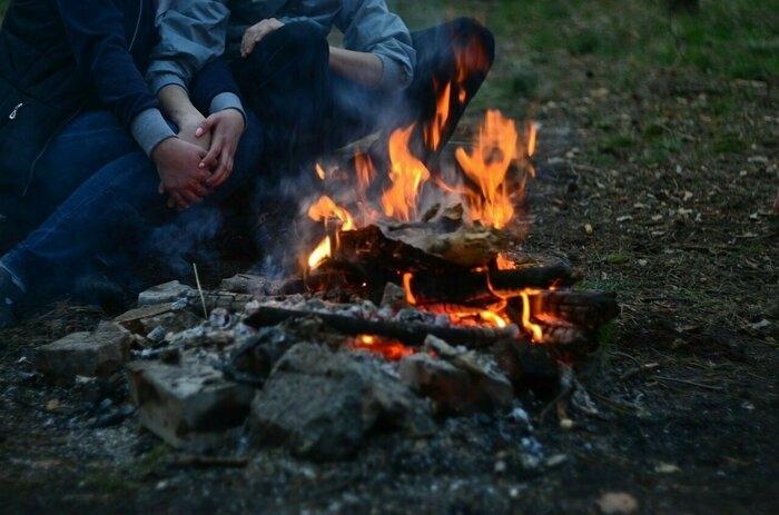 焚き火 ウェア
