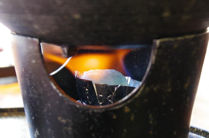 固形燃料 燃焼