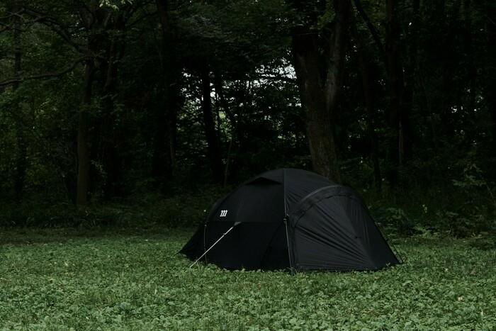 muracoの新作ドームテント「NORM」はブランド史上最高の扱いやすさ!?初心者でもシックに決まる一幕