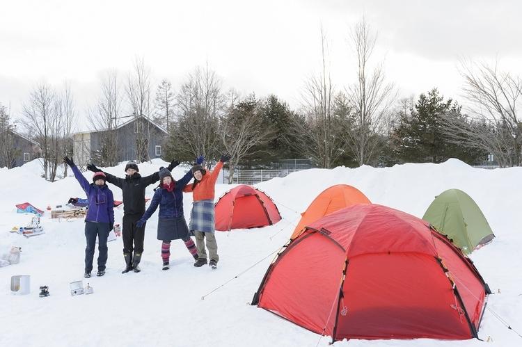雪中キャンプに挑戦!気を付けるべきポイントとおすすめアイテムをご紹介♪