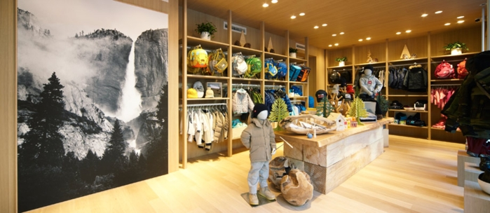 THE NORTH FACE KIDS 原宿店の店内