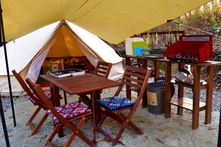 【カラー特集】おしゃれなキャンプサイトを作りたいなら、アイボリー系で揃えるべし!