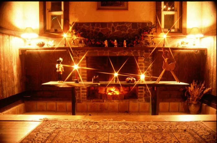 サンタヒルズの暖炉
