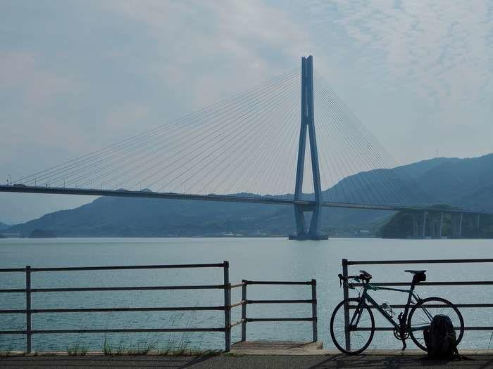しまなみ海道に停められた自転車