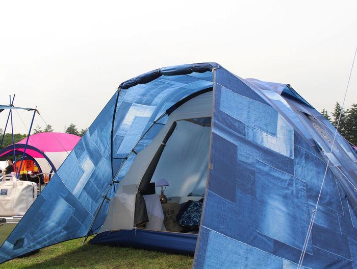 設営したコールマンインディゴレーベルのテント