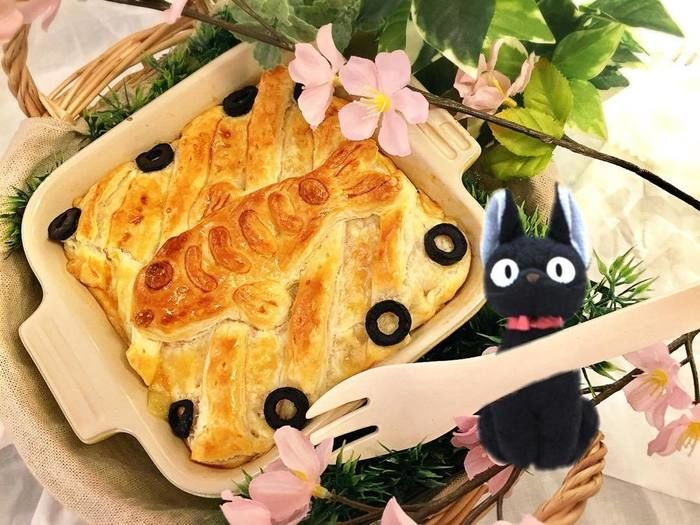 ニシンとカボチャのパイと魔女の宅急便の猫ジジのぬいぐるみ