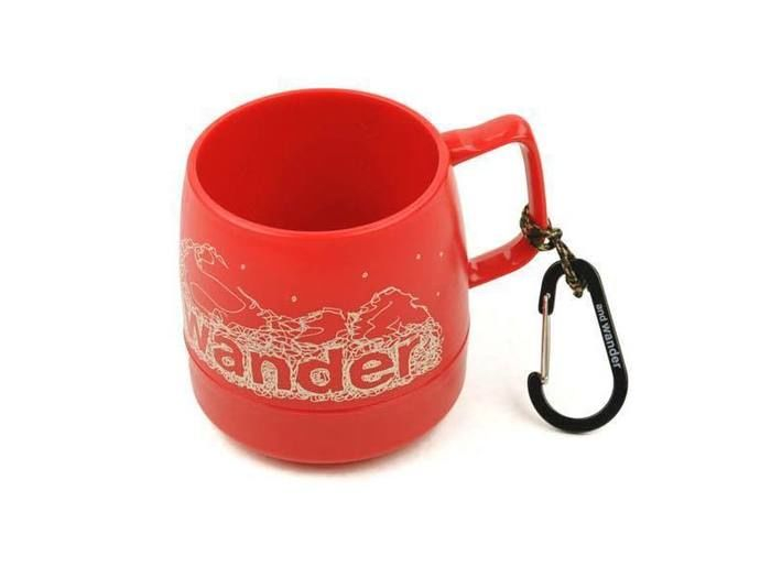 and wander DINEX printed mug red
