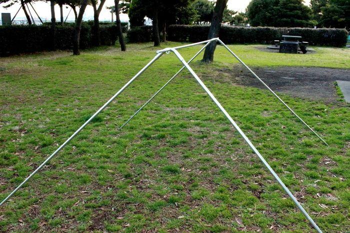ロゴス「LOGOS ナバホ Tent Type-A」の骨組み、設営