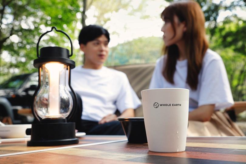 キャンプ食器の新定番。ヒノキを使った新世代プラスチックのキッチンウェアが支持される理由とは?