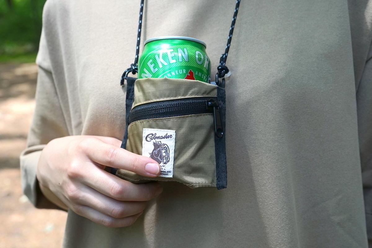 マイクロサイズのサコッシュ。コブマスターの「カンクージー コインケース」がフェスで売れるワケ