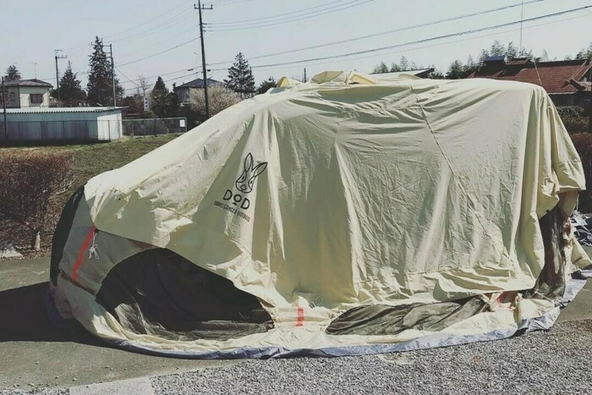 「車にかぶせる」「リビングに張る」。自宅でのテント乾燥テクニック!【雨キャンプ勝利の法則】