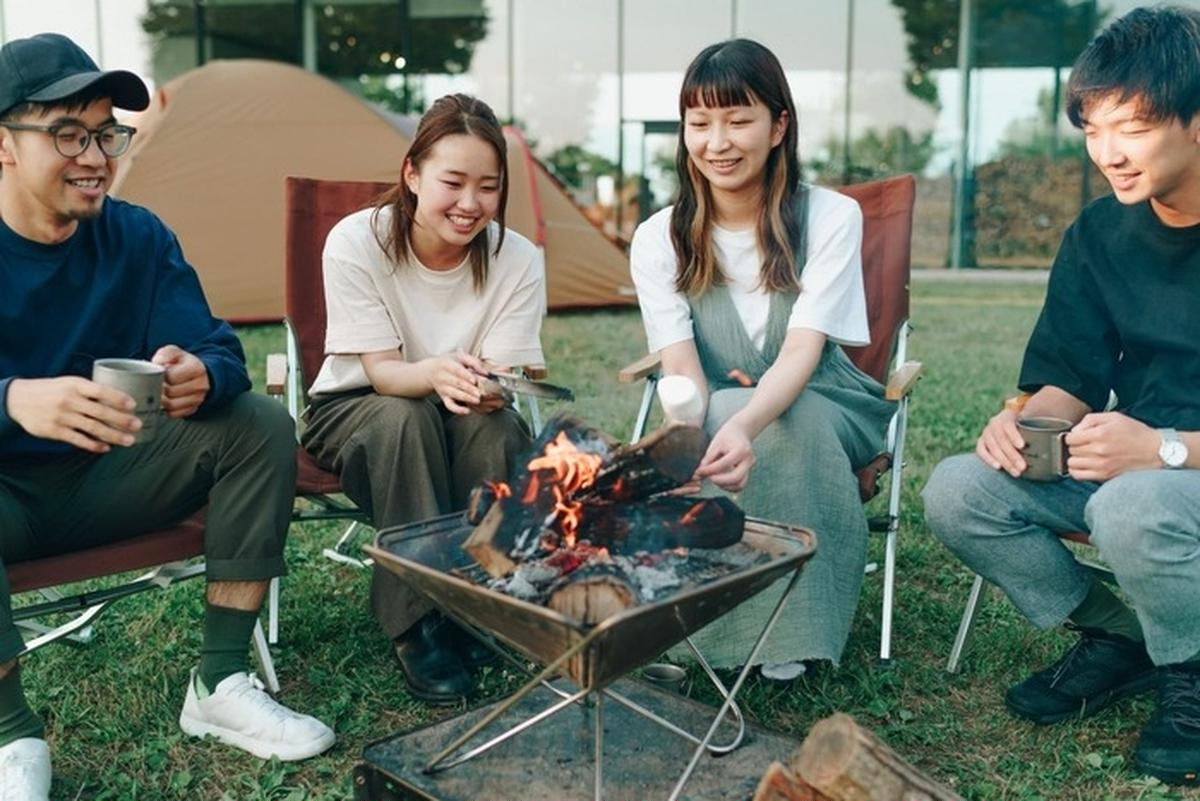 都内でも手ぶらで焚き火&BBQを楽しめる!「スノーピーク 焚火ラウンジ」が東京・昭島に7月1日オープン
