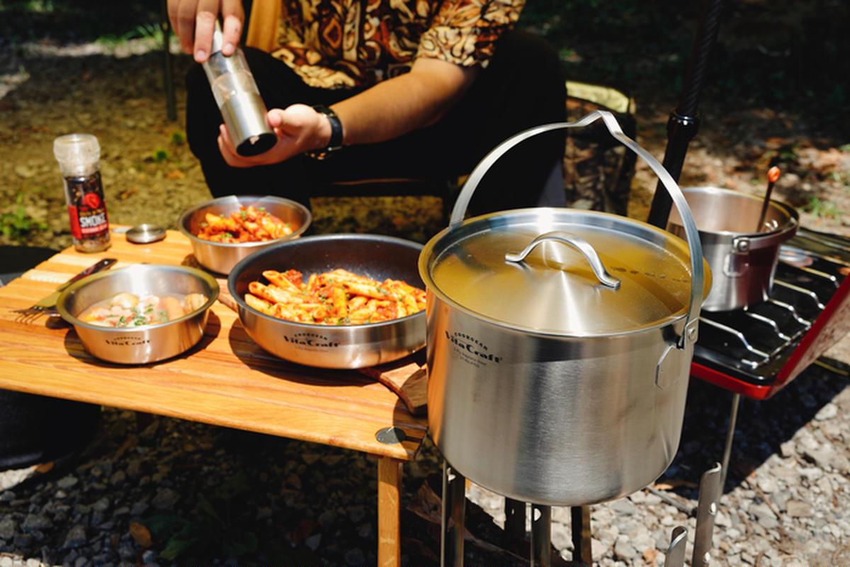 アウトドアクッカーセットの黒船!キャンプでもっと料理にこだわりたい人のための「ビタクラフト」とは?
