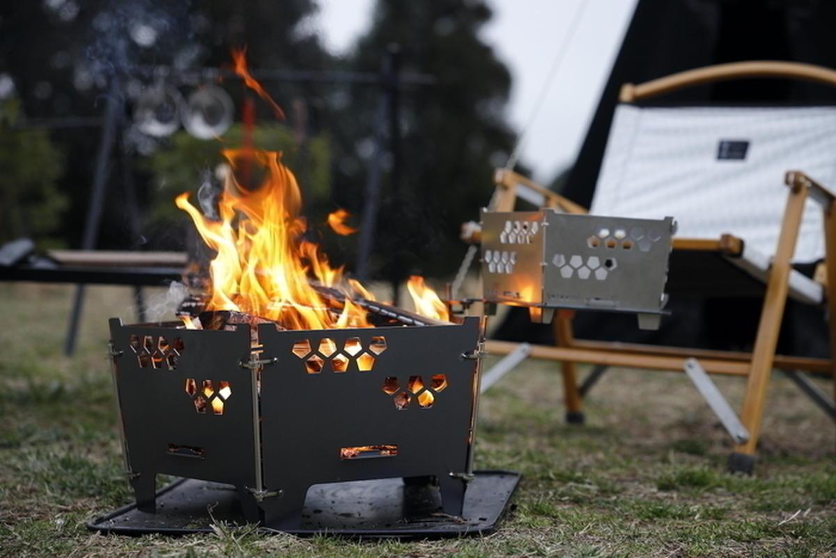 焚き火の楽しさはギアで変わる!秋の夜長に「ちょっといい」キャンプ用品が欲しい。