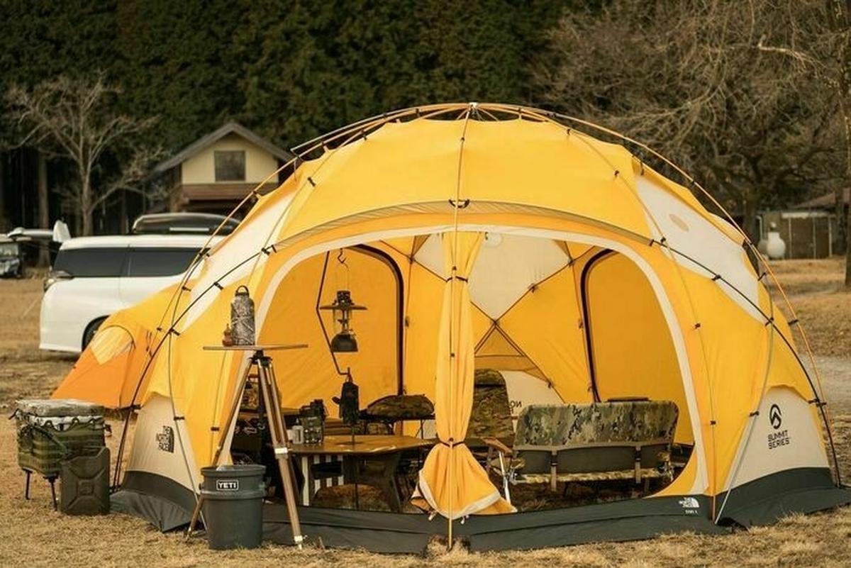 【キャンプの輪】「ミリタリーすぎない」ミリタリー。ザ・ノース・フェイスのビンテージ幕を愛するキャンパーのこだわりとは