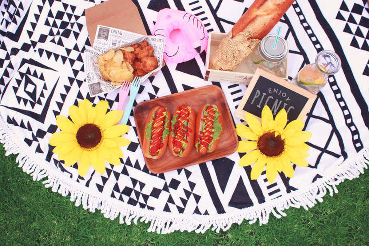 ピクニックでのお昼ごはん